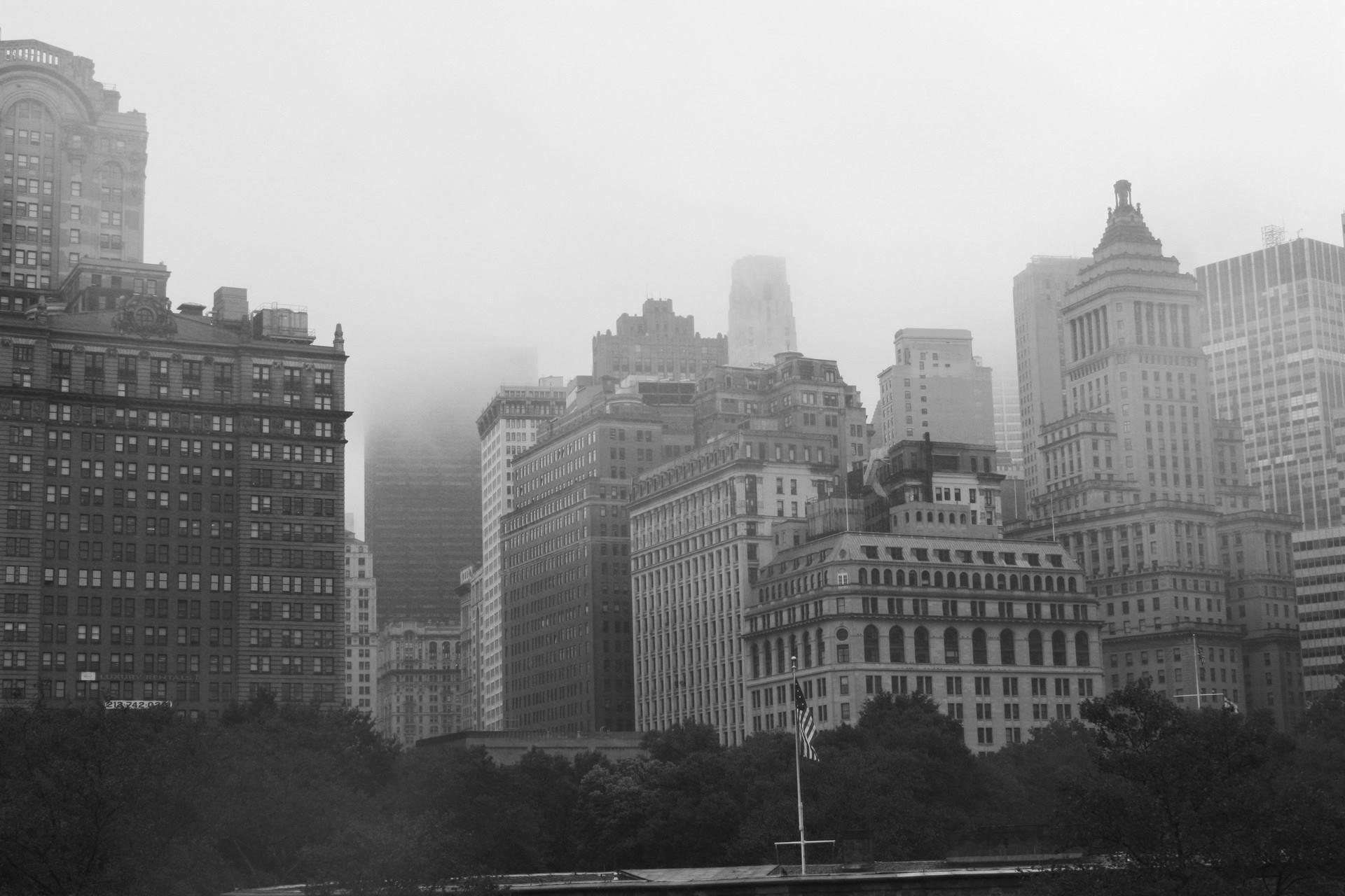 new-york-brouillard-noir-et-blanc