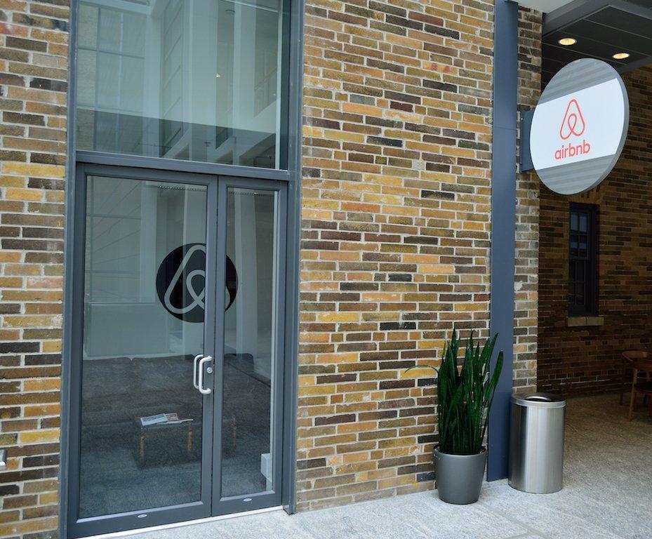 bureau-airbnb
