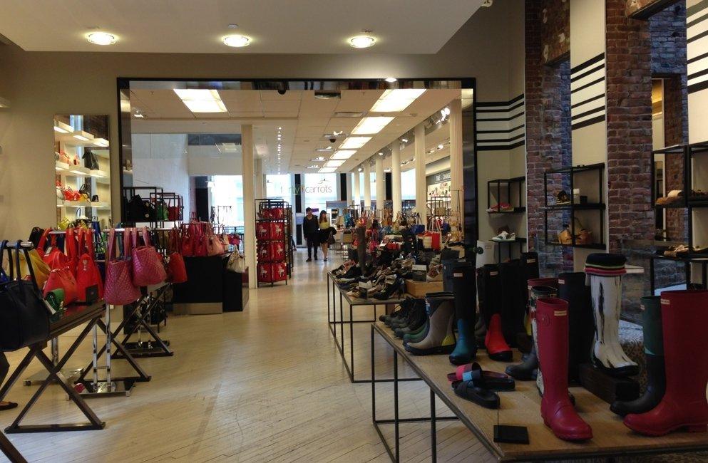 ... Bon plan shopping à New York   les marques moins chères. soldes-new-york fc45eb04cbc6