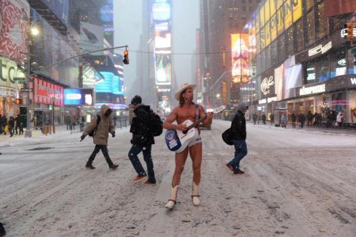 naked-cow-boy-times-square